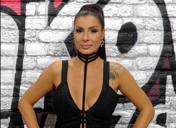 Mia Borisavljević ispričala kako joj je u braku, pa prokomentarisala estradni rat Lune i Kaće Grujić